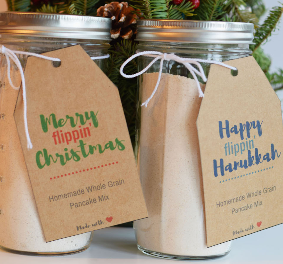 Homemade Holiday Gift Pancake Mix