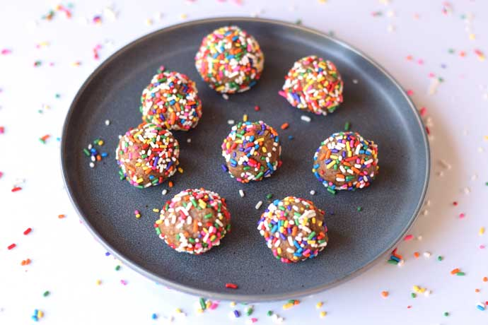 Healthy Birthday Cake Balls - Cooking With a Full Plate